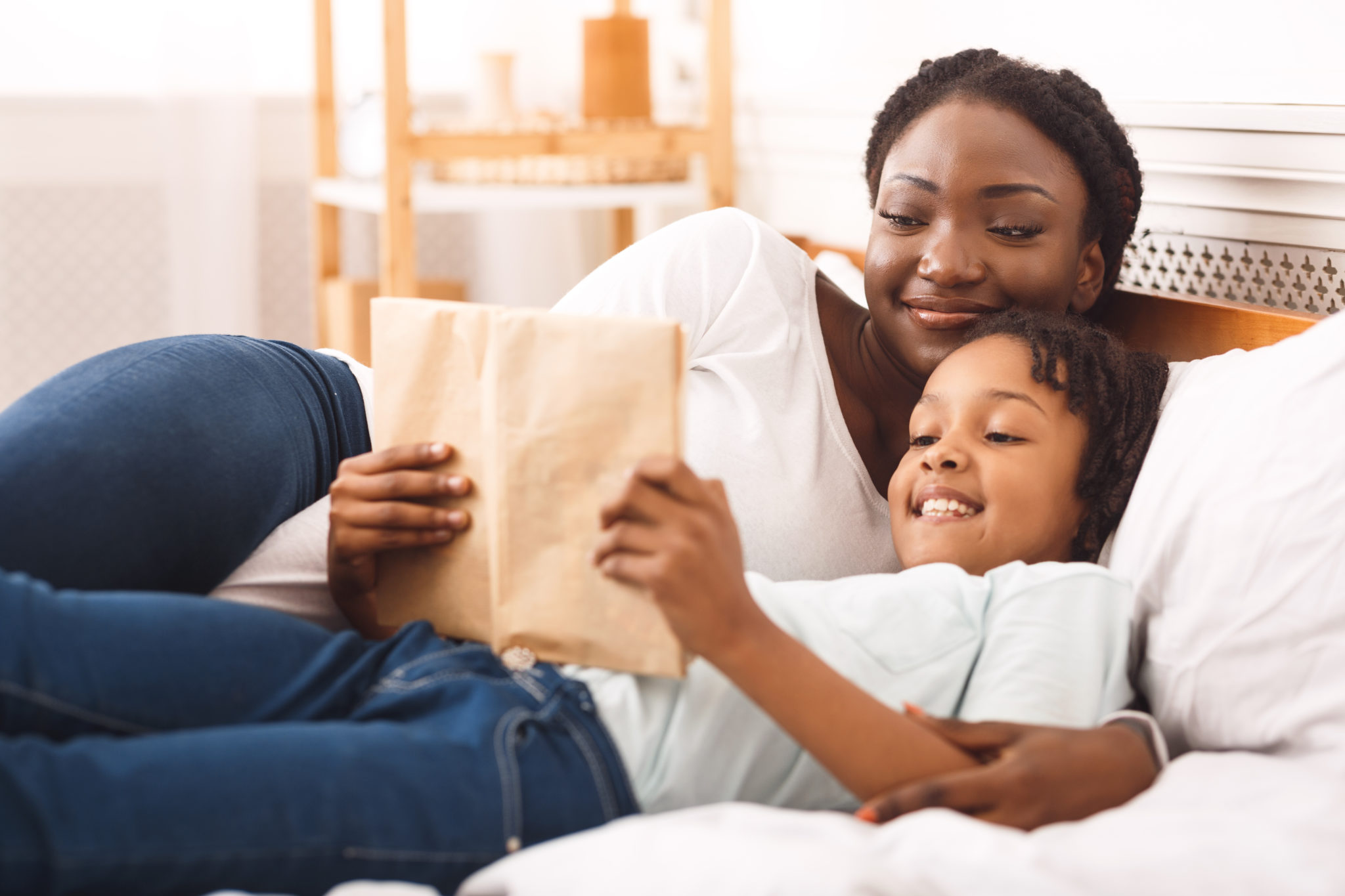 Child,Custody.,Black,Woman,Spending,Time,With,Her,Cute,Daughter